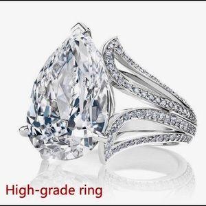PEAR SHAPED BIG DIAMOND RING